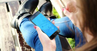 Teens use apps to keep secrets?